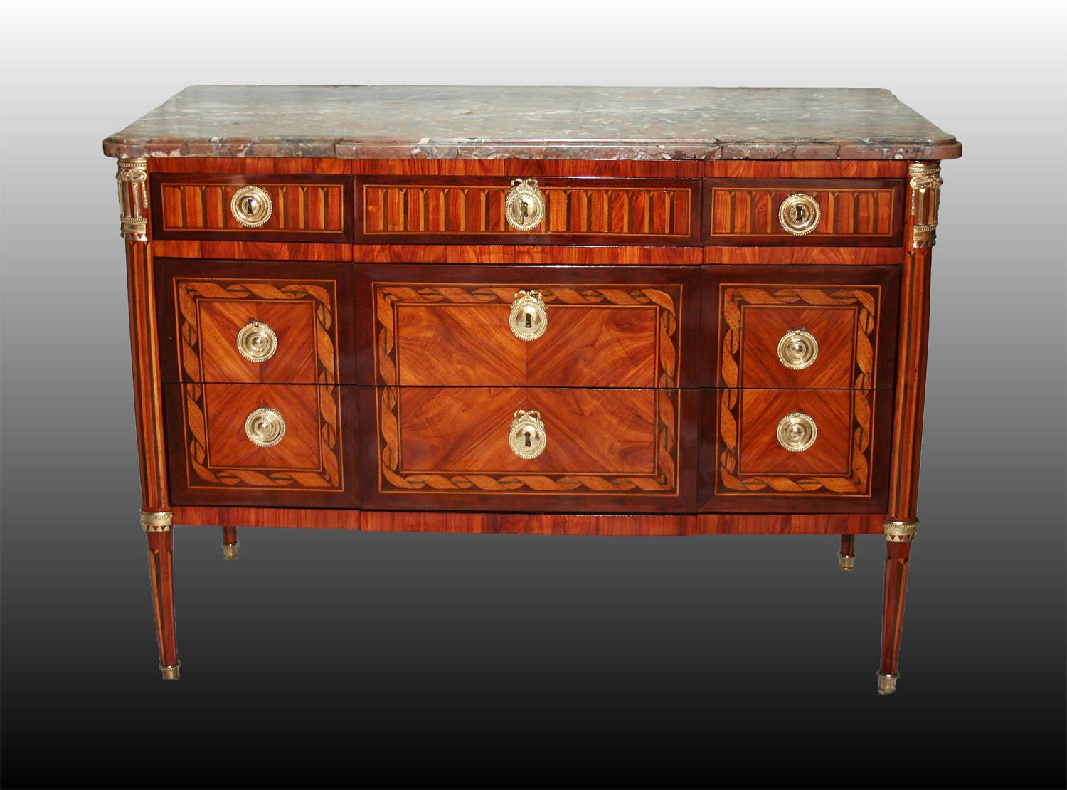 Commode d��poque Louis XVI